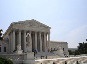 Postanowienie sądu o adopcji dziecka