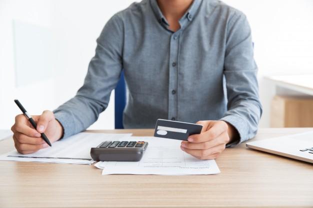 Sprzedaż bez zgody małżonka rzeczy lub nieruchomości po rozwodzie, ale przed podziałem majątku