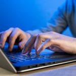 Rozwód, włamanie i logowanie na konto e-mail żony albo męża