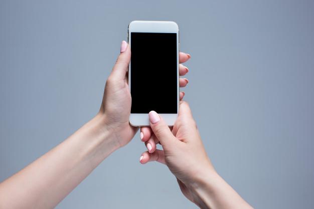 Zabranie i przejrzenie telefonu męża albo żony w celu uzyskania dowodów w sprawie o rozwód