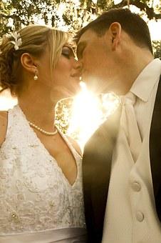 Nazwisko męża i żony po ślubie