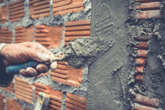 Wybudowanie przez małżonków budynku czy domu na nieruchomości lub ziemi teściów