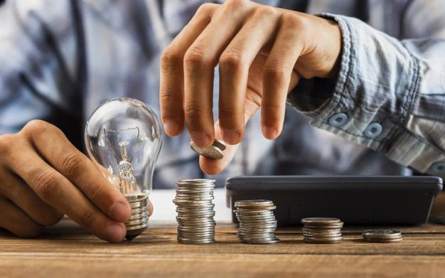 Darowizna i zwrot pieniędzy danych partnerowi albo partnerce w związku po rozstaniu czy odejściu